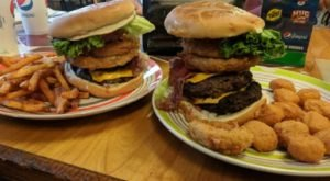 Some Of The Biggest Burgers In Mississippi Can Be Found At This Small Town Grill
