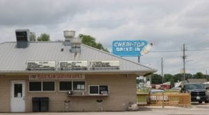 Iowa's Old Fashioned Cheri-Top Drive In Is The Retro Throwback Restaurant You Need Right Now