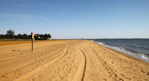 5 Bay Beaches In Maryland That'll Make You Feel Like You're At The Ocean