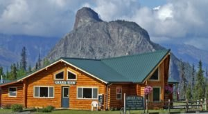 Escape To A Campground In Alaska With Panoramic Mountain Views