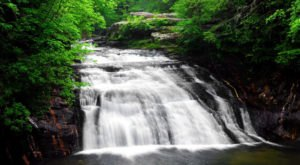 6 Easy-Access Alabama Waterfalls That Are Perfect For A Summer Adventure