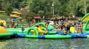Karst Beach Is A Floating Waterpark In Kentucky That's Fun For The Whole Family