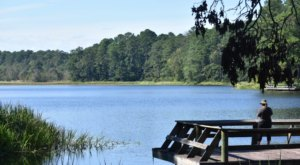 Valentine Lake In Louisiana Is So Hidden You'll Probably Have It All To Yourself