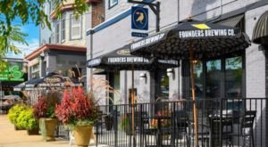 Enjoy The Best Food In The Neighborhood At Delaware's Crow Bar