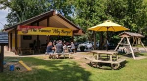 Fly On Over To Wisconsin's Albatross Drive-In For Great Grub And An Atmosphere To Match