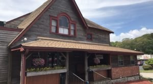 The Nostalgia Of Dining At The Timeless Olde Tymes Restaurant In Connecticut Will Bring You Right Back To Childhood