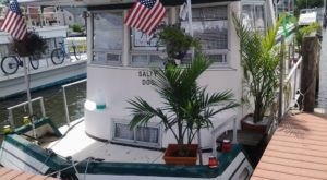 Get Away From It All With A Stay In These Incredible New Jersey Houseboats