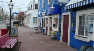 Pawtuxet Village Is One Of The Most Underrated Summer Destinations In Rhode Island