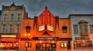 The Stunning 1907 Plaza Cinema In Kansas Is The Oldest Purpose-Built Cinema Still Running