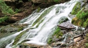6 Easy-Access Iowa Waterfalls That Are Perfect For A Summer Adventure