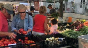 Visit This Classic Maine Farmer's Market To Enjoy Fresh Veggies, Live Music, And Local Food Trucks