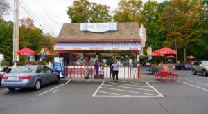 Visit Ice Cream Delights In New Hampshire To Scoop Up Huge Portions With Super Friendly Service