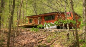 Stay In This Cozy Little Green Mountain National Forest Cabin In Vermont For Less Than $85 Per Night