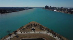 Discover The Most Charming Detroit Views When You Visit The Little-Known Sunset Point