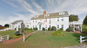 Rhode Island's Oldest Flea Market At The General Stanton Inn Is Still Going Strong