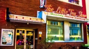 The Little Tea Shop In Downtown Memphis Is The Perfect Spot For Home Cookin' In A Retro Setting