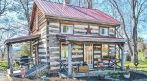 This Cabin Airbnb In Maryland Is Full Of Rustic Charm, Inside And Out