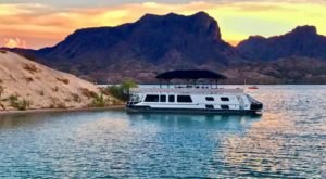 Get Away From It All With A Stay In These Incredible Arizona Houseboats