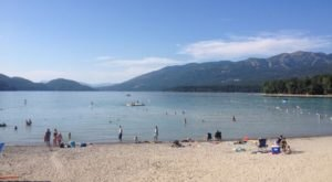 4 Freshwater Beaches In Montana That'll Make You Feel Like You're At The Ocean