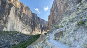 Santa Elena Canyon Trail Is A 1.5-Mile Hike In Texas That Leads You To 1,500-Foot Vertical Cliffs