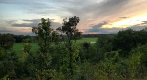 Hike The Easy 5-Mile Mazomani Trail To Explore The Natural Beauty Of The Minnesota Valley National Wildlife Refuge