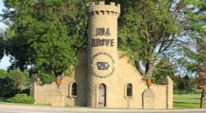The Tiny Town Of Ida Grove, Iowa, Is Strangely Full Of Medieval Castles