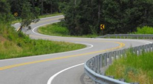 The Dragon Tail Is 60 Miles Of White Knuckle Driving In Arkansas That's Not For The Faint Of Heart
