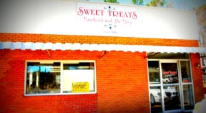 Splurge On Dessert First At Sweet Treats In Arkansas, Where All The Desserts Are Under $3