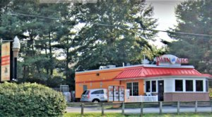 Grab Burgers, Shakes, Or Breakfast At Twin Kiss, A Nostalgic Drive-Thru Restaurant In Maryland