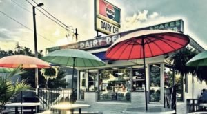 Cool Off With Soft Serve And Snacks At The Local Favorite Dairy Del Ice Cream In Kentucky