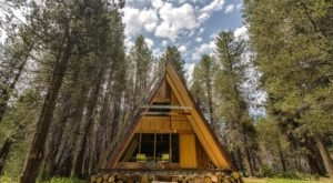 These Modern A-Frame Cabins In Nothern California's High Sierra Are Almost Too Good To Be True