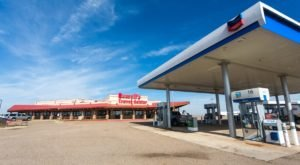 Glenrio, New Mexico Is Home To An Unassuming Truck Stop With An All-American Museum And Diner
