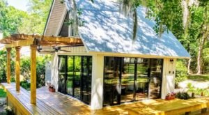 You Can Rent Your Own Private Cottage With Gorgeous Views Of Savannah River In South Carolina