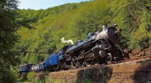 Lehigh Gorge Scenic Railway's Scenic Train Is Running Again In Pennsylvania, And You'll Want To Catch A Ride