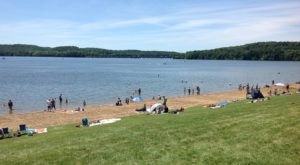 5 Pristine Hidden Beaches Near Pittsburgh You've Got To Visit This Summer
