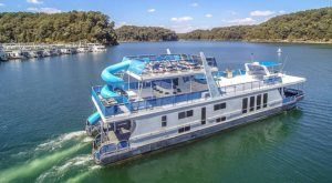 Rent Your Own Three-Story Party Boat In Kentucky For An Amazing Time On The Water