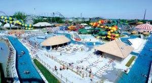 One Of Iowa's Coolest Aqua Parks, Adventureland Bay Will Make You Feel Like A Kid Again