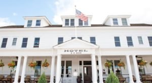 Stay Overnight In A 110-Year-Old Hotel That's Said To Be Haunted At Sacajawea Hotel In Montana