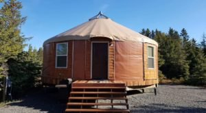 This Luxury Alaskan Yurt In The Heart Of Homer Is A Stone's Throw From The Beach