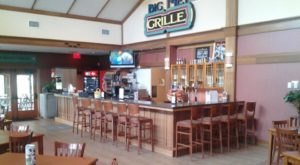 Big Met Grille Is Tucked Away In A Forest Near Cleveland, And Most People Don't Know About It