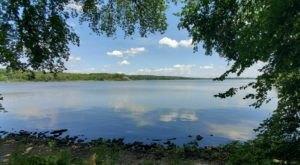 Explore Two Breathtaking Backcountry Lakes On This Exhilarating Illinois Hike