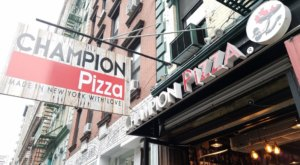 The Gigantic Pizza Burger Served At Champion Pizza In New York Is Almost As Big As The Table