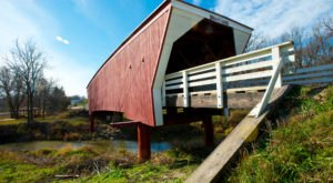 Here Are 5 Of The Most Beautiful Iowa Covered Bridges To Explore This Fall