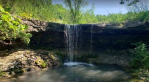Experience The Beauty Of Kansas' Alcove Springs, A Tiny Waterfall Along The Old Oregon Trail