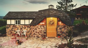 This Cozy Dome House In Utah Is Like A Hobbit Hideaway