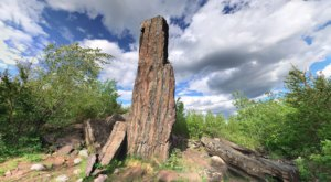 This 60-Foot-Tall Magnetic Rock In Minnesota Is Only Accessible By Hiking Trail And It's A Sight To Be Seen