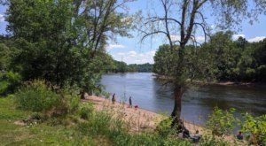 Hidden Falls Regional Park In Minnesota Is So Hidden Most Locals Don't Even Know About It