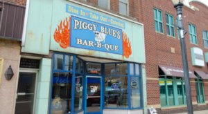 Locals Love The Mouthwatering BBQ At Piggy Blue's Bar-B-Que in Austin, Minnesota