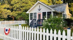 It's Impossible Not To Smile When Staying At This Charming Beach Bungalow In Maryland