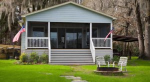 Get Away From It All In A Cozy Waterfront Cabin On Texas' Remote Caddo Lake